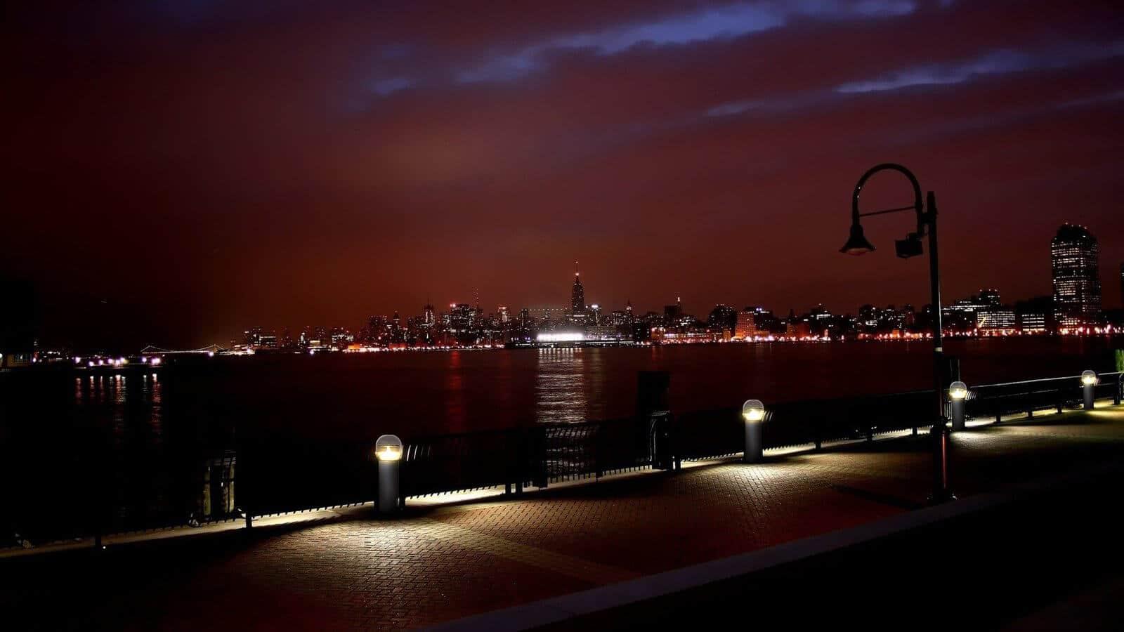 Sresky - Solar garden light Installation effect of Scenic spot